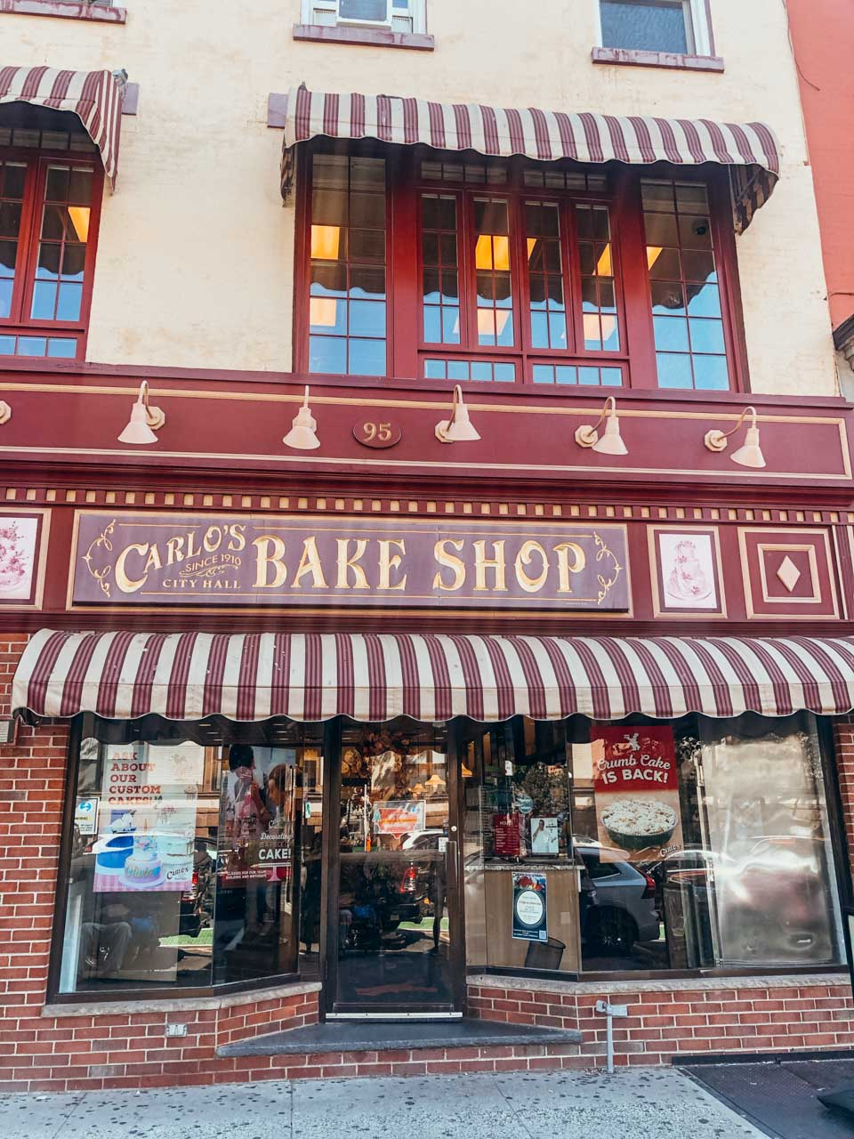 The outside of Carlo's Bake Shop in Hoboken, New Jersey