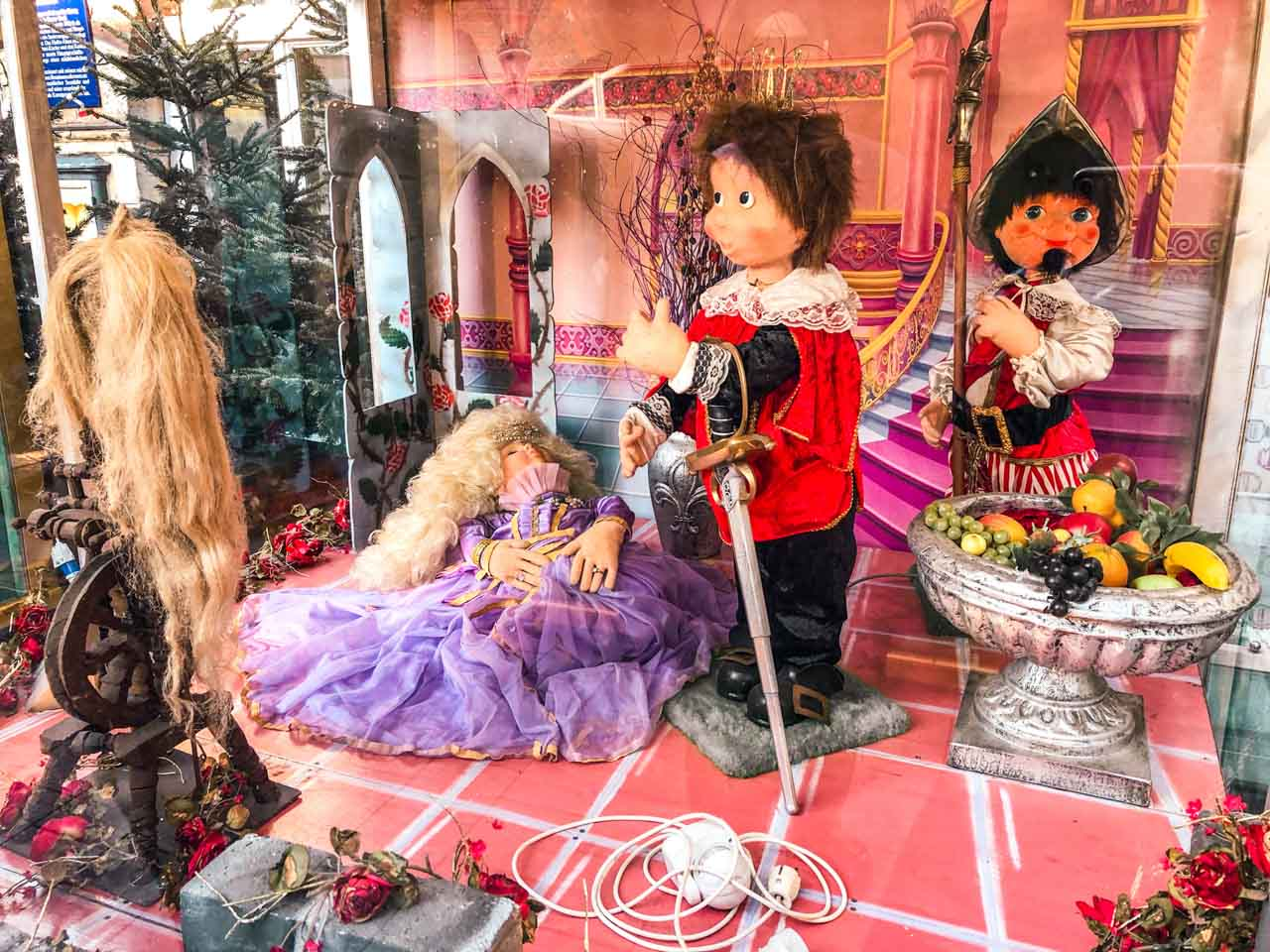 Dolls recreating the Sleeping Beauty fairytale at a Christmas market in Hamburg