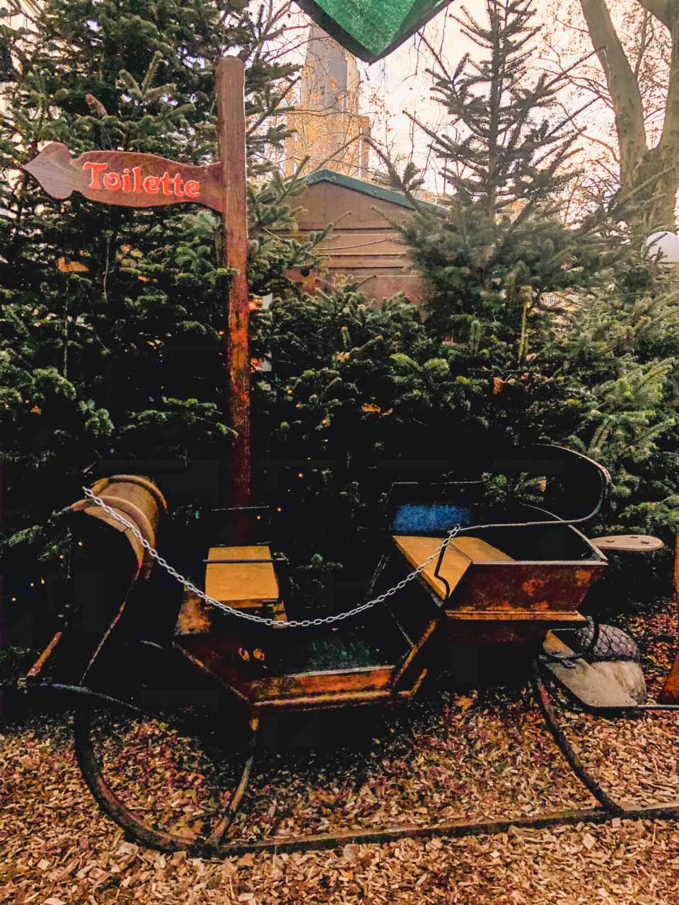 Sleigh at a Christmas market in Hamburg