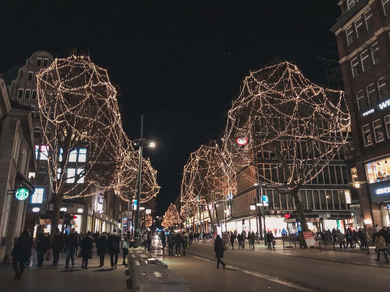 Christmas lights on the streets of Hamburg
