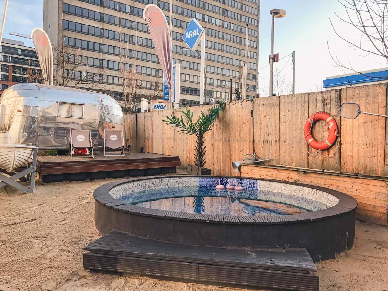 A pool outside @friends by CitySurfer in Hamburg