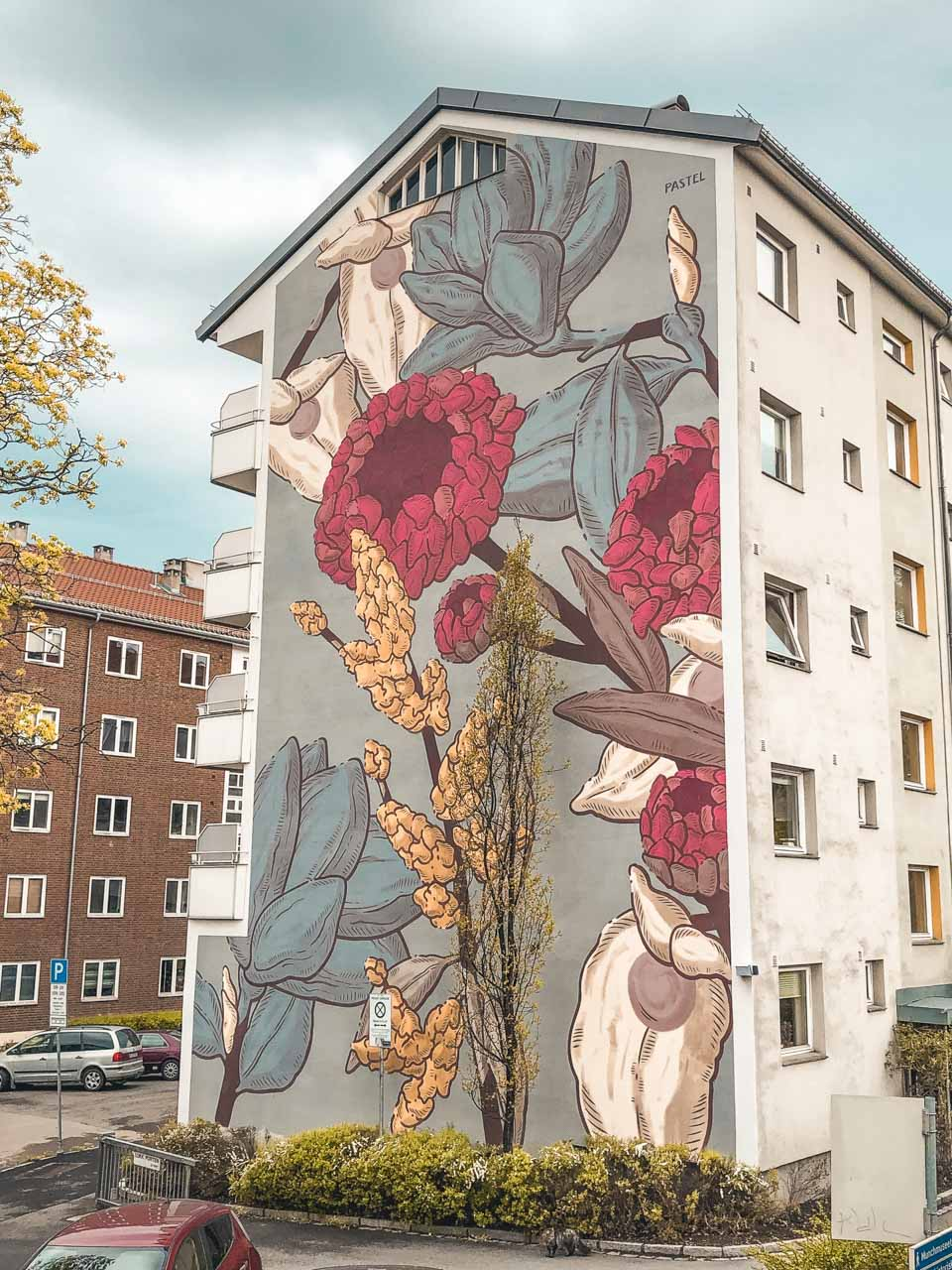 A mural in the Tøyen neighbourhood of Oslo, Norway