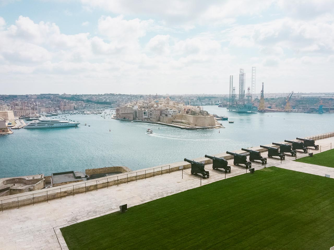 The view of the saluting battery from Upper Barrakka Gardens in Valletta, Malta